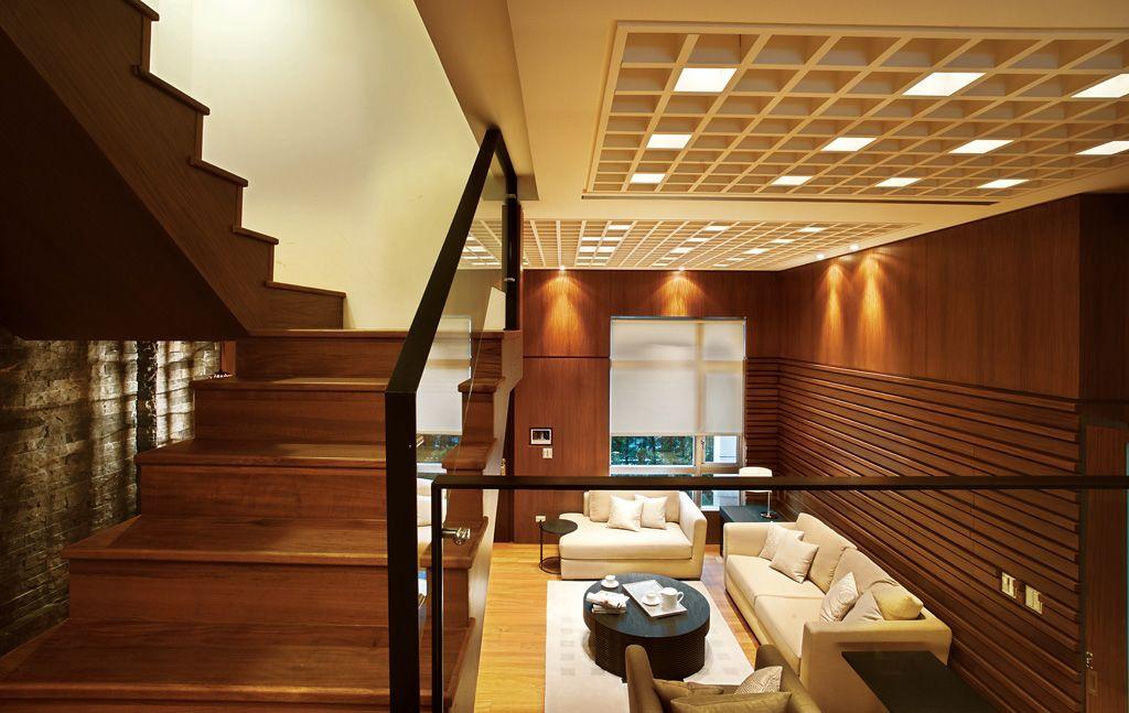 高端新中式 复式楼梯吊顶设计