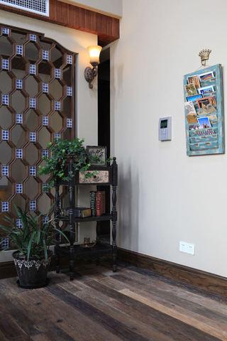 东南亚风格家居置物架装饰