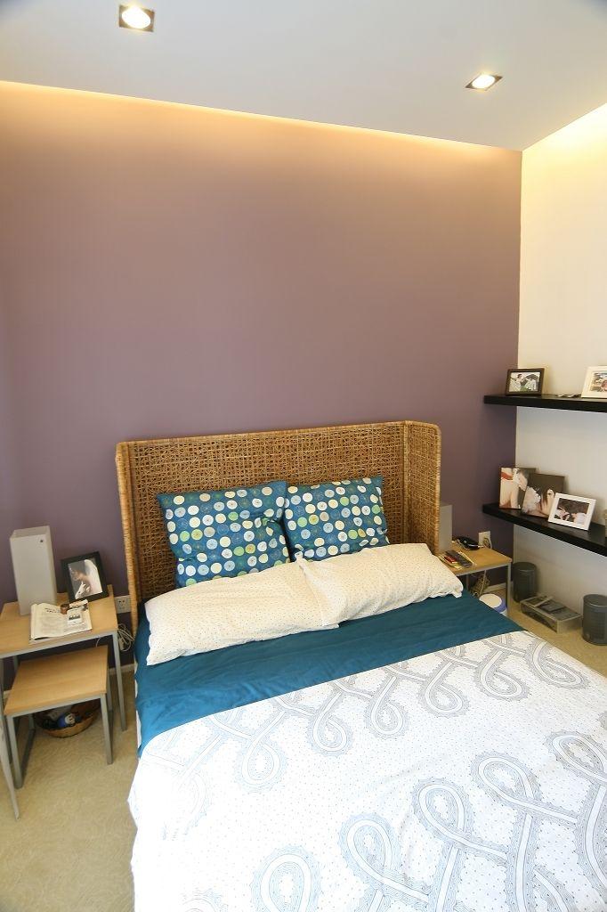 现代简约卧室背景墙装饰图