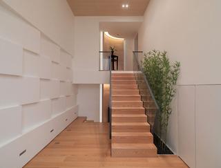 简约日式复式楼梯装修图