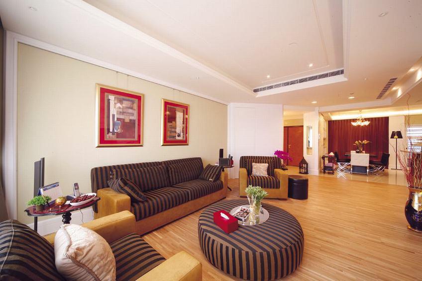 最新现代148平大三居装潢图片