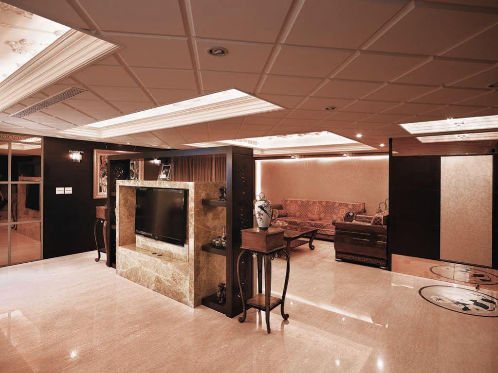 欧式装修风格家居室内电视背景墙设计