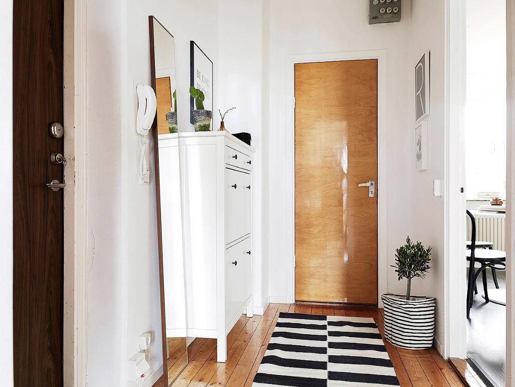 时尚北欧风格进门玄关装饰图
