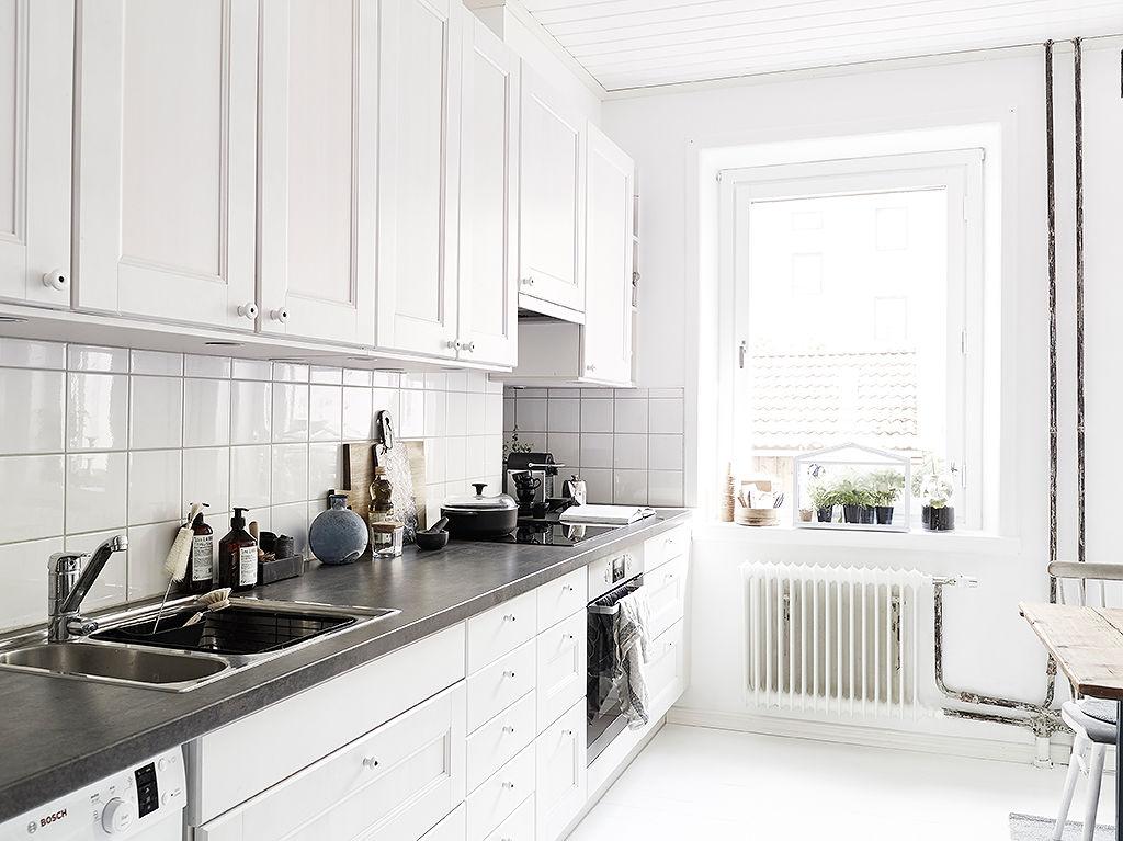 北欧风格厨房 白色橱柜效果图