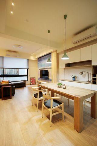 66平米二居室现代简约风格设计装修