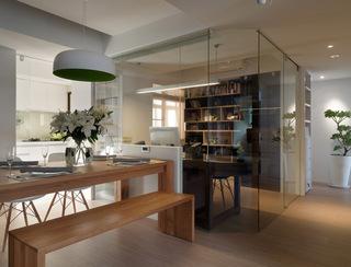 现代时尚书房玻璃隔断设计