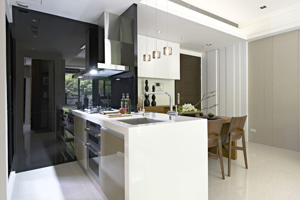 时尚现代简约设计餐厨房一体装修图片