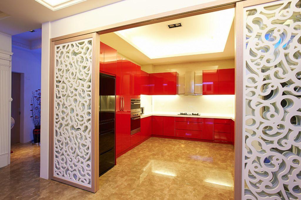 时尚现代家居厨房 烤漆整体橱柜装饰图