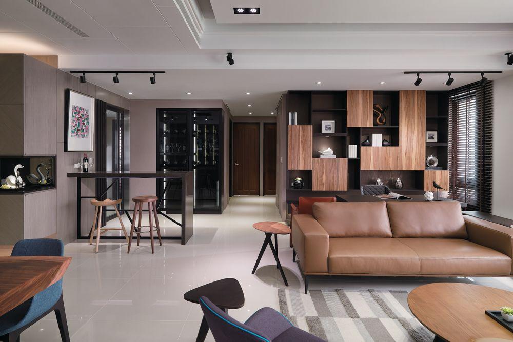 素雅现代家装客厅双人真皮沙发摆放图