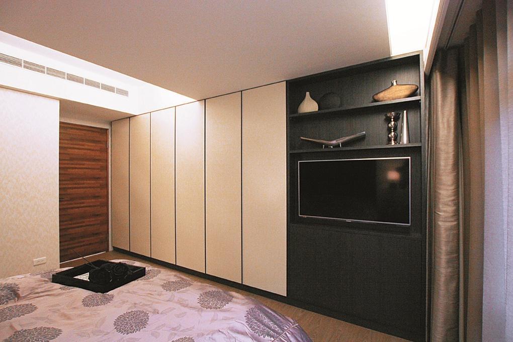 混搭风卧室电视背景墙设计