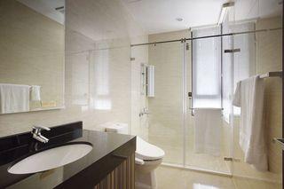 现代简约卫生间 大理石洗手台装饰