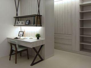 时尚简约小书房书桌设计