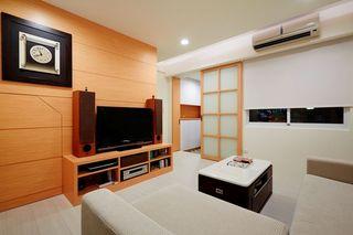家居室内现代时尚推拉门隔断装饰图