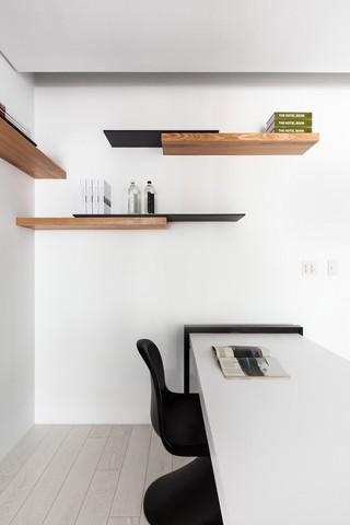 简约风书房实木置物架设计