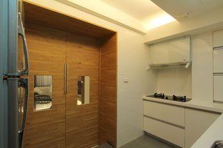 现代日式风厨房灶台设计