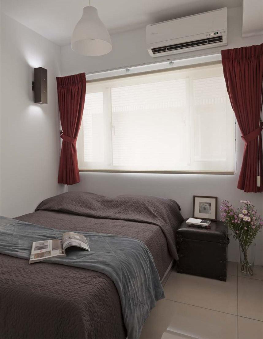 现代复古风卧室红色窗帘搭配效果图