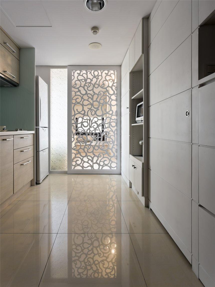 宜家简欧公寓厨房雕花隔断设计