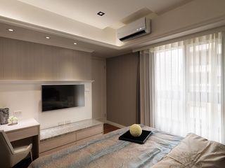简约时尚卧室电视墙设计