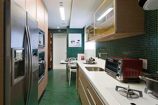 复古简欧风厨房橱柜设计