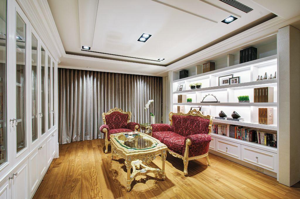 高贵典雅欧式书房家装图