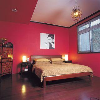 时尚复古混搭风 玫红色卧室家装图片