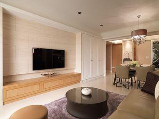 时尚简约客厅电视背景墙设计