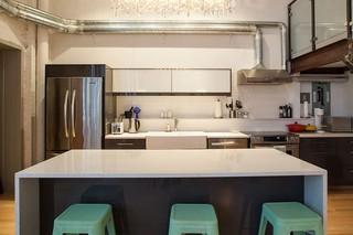 精致现代工业风 厨房吧台设计