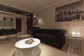 简约舒适客厅沙发装饰