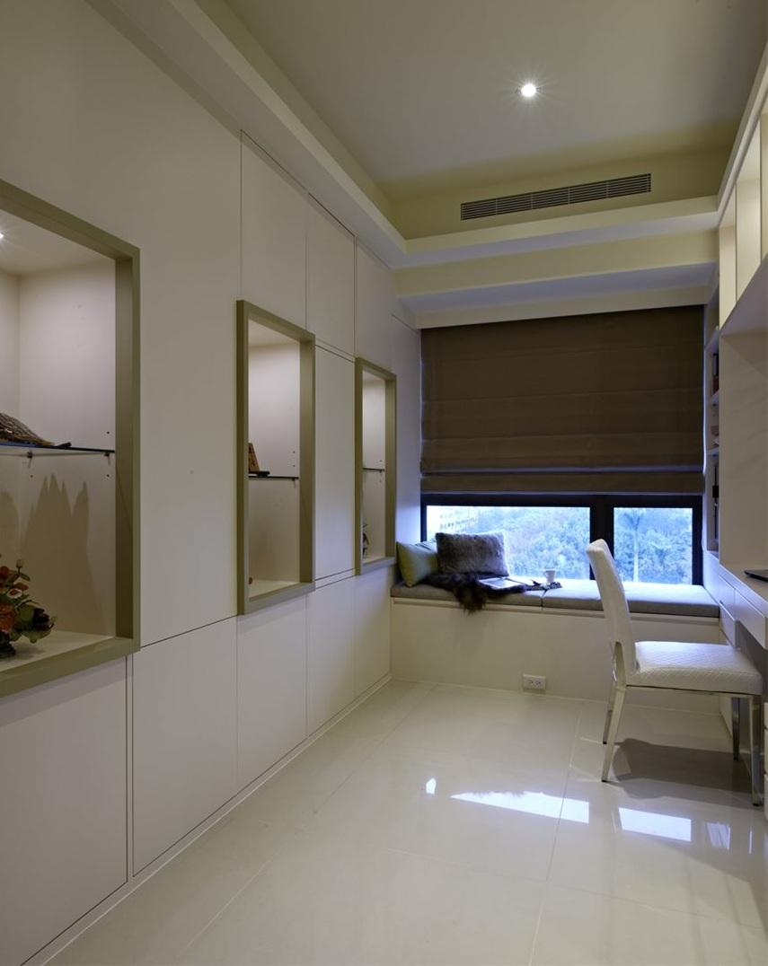 现代简约书房飘窗窗帘设计
