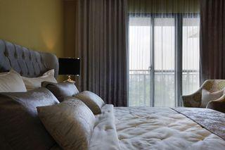 优雅简美式卧室窗帘效果图