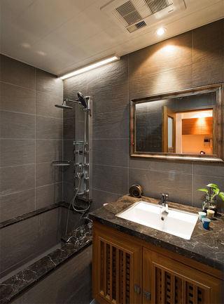 美式装修风格家居卫生间卫浴挂件配置