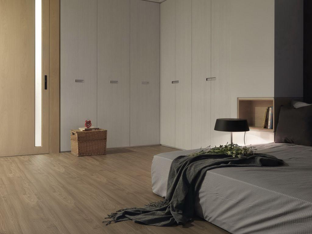 后现代风卧室转角衣柜设计