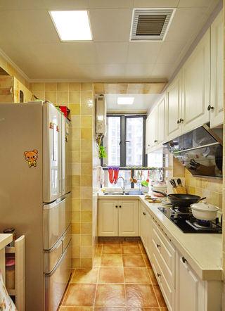 温馨黄色北欧风格厨房设计