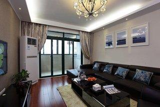 休闲现代风客厅 沙发照片墙设计