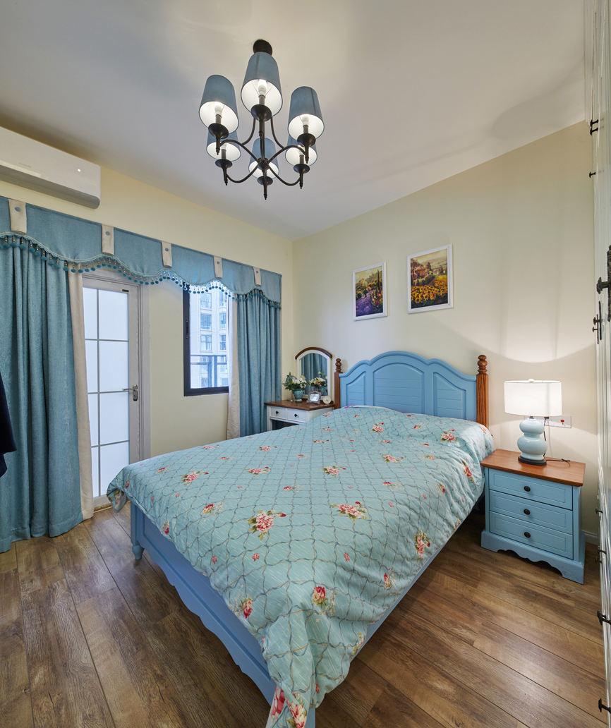 清新蓝色北欧风卧室窗帘设计
