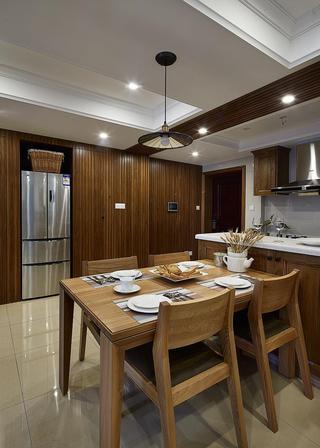 休闲美式餐厅实木家居设计