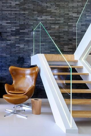 复式家装楼梯简约装修设计
