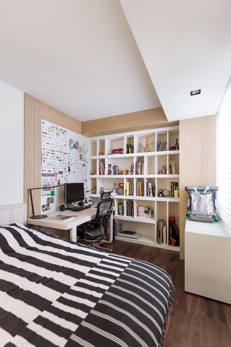 时尚现代卧室书房一体设计装修图