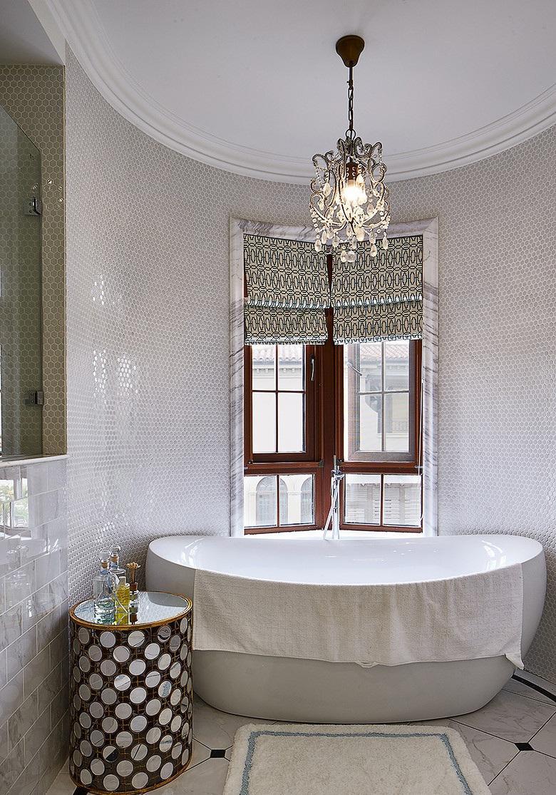 精致简欧风格别墅浴缸效果图
