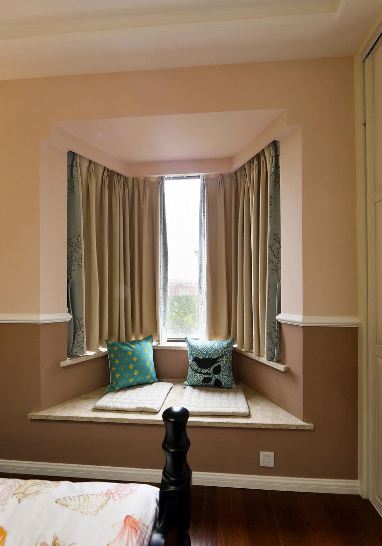 简约实在田园家装梯形飘窗设计装修图