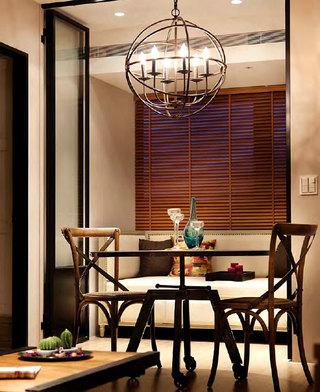 现代美式卡座餐厅百叶帘装饰图