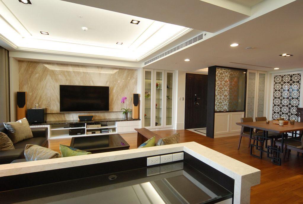 时尚现代客厅吊顶案例图