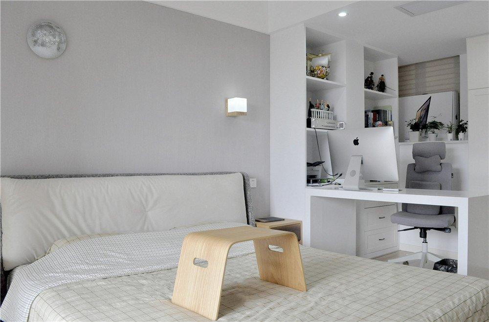 白色简约风卧室书房一体设计