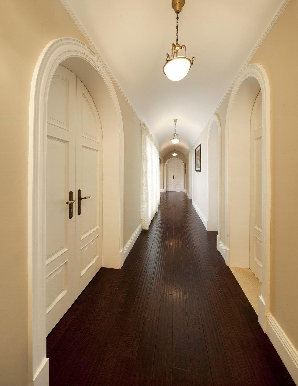 古典美式风格别墅过道装修