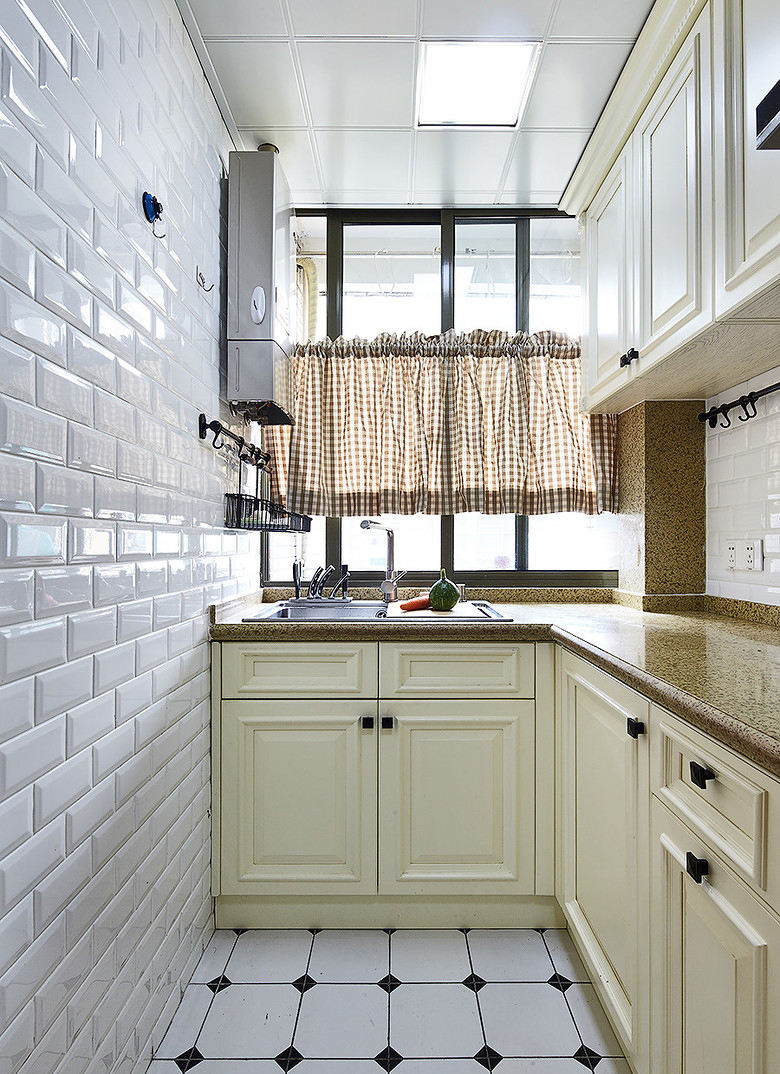 素雅北欧风厨房橱柜设计