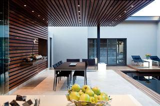 时尚创意现代别墅餐厅布置