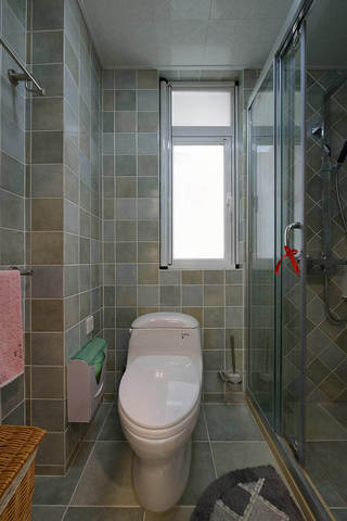简约现代风格卫生间窗户设计