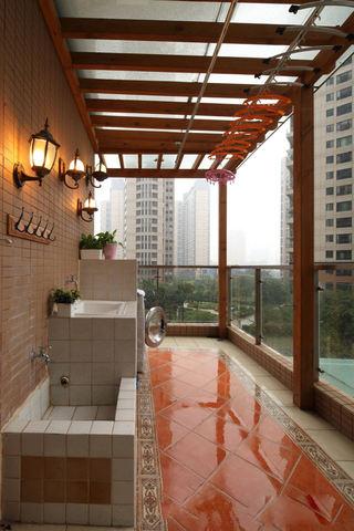 简约时尚开放式阳台设计装修图