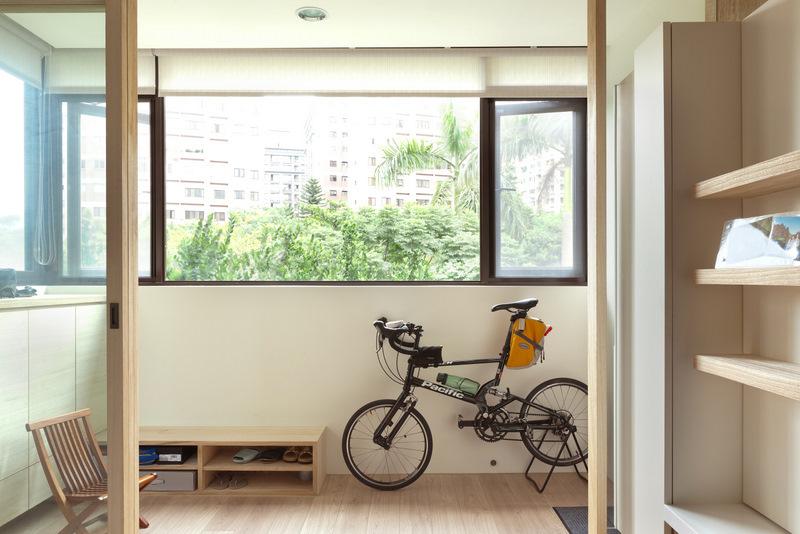 现代简约家居阳台窗户效果图