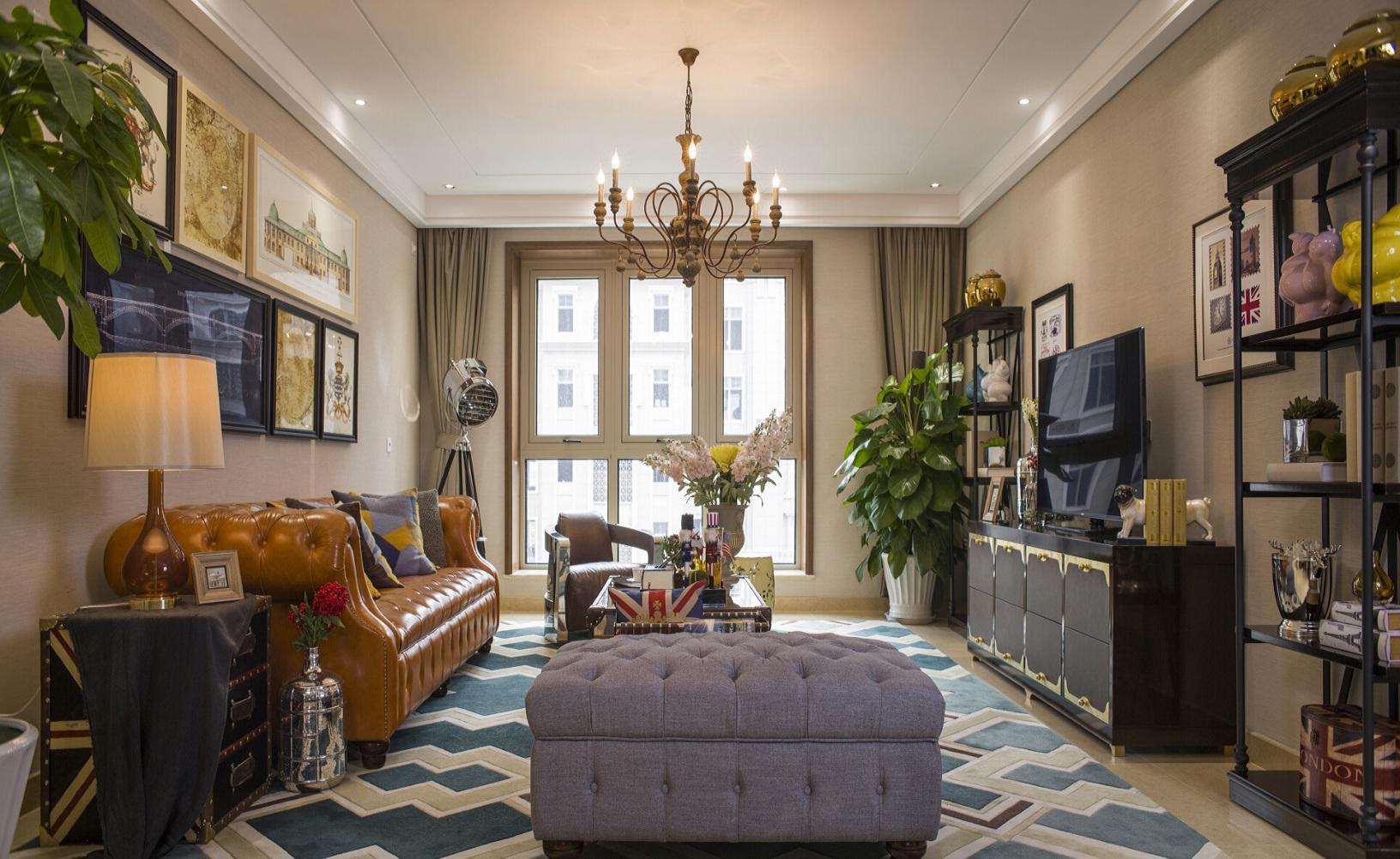 经典美式风格家装客厅吊灯装饰借鉴图